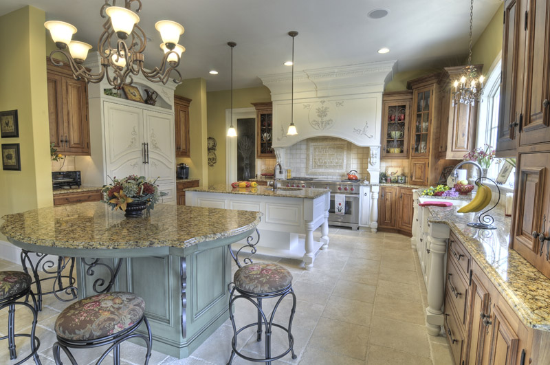 Country French Kitchen - Colonial Craft Kitchens